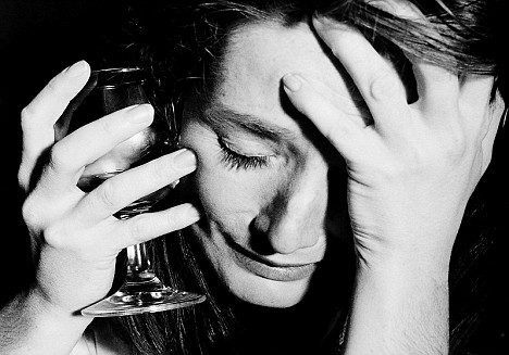 alcohol and depression Drug and alcohol use can both lead to, and result from, depression many people with depression or anxiety use drugs and alcohol to try and cope.